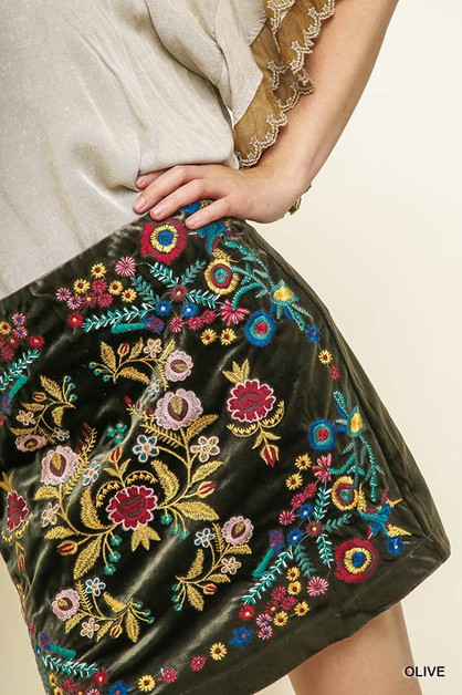 High Waisted Embroidery Velvet Skirt - orangeshine.com