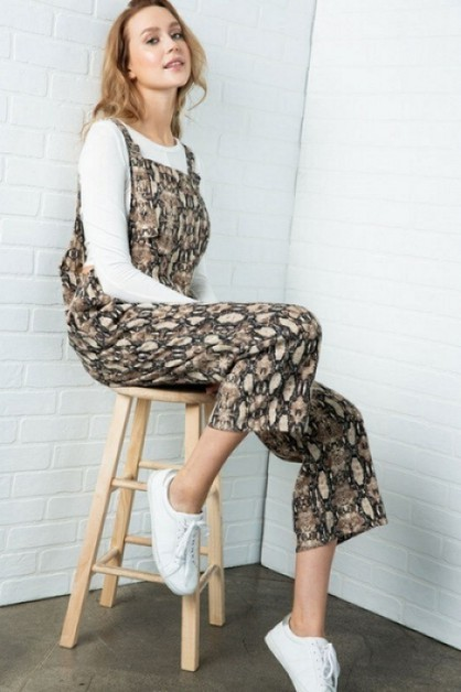 SNAKE PRINT OVERALL CROPPED JUMPSUIT - orangeshine.com