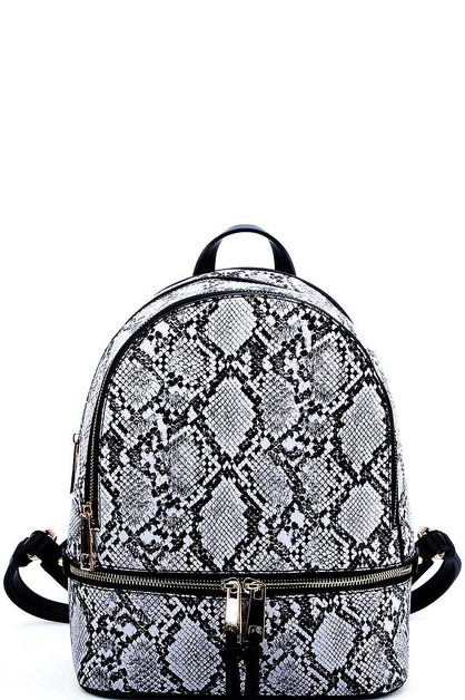 TRENDY SNAKE TEXTURED BACKPACK - orangeshine.com