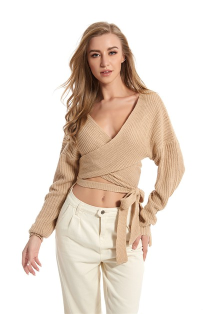 V-neck fashion sweater - orangeshine.com