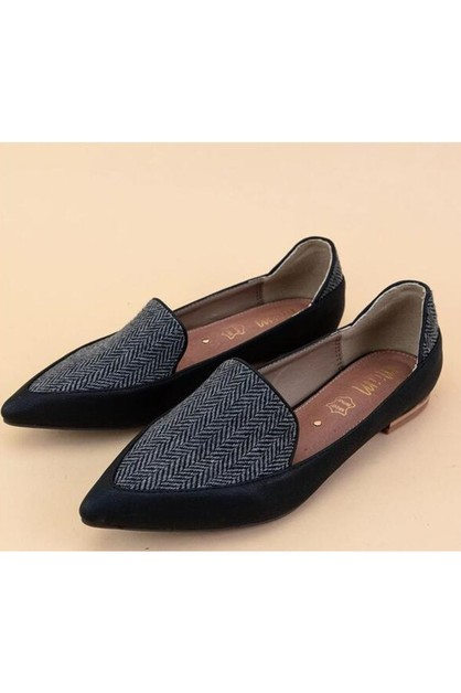 Pointed Toe Casual Loafer - orangeshine.com