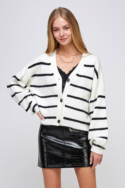 STRIPE V-NECK SWEATER - orangeshine.com