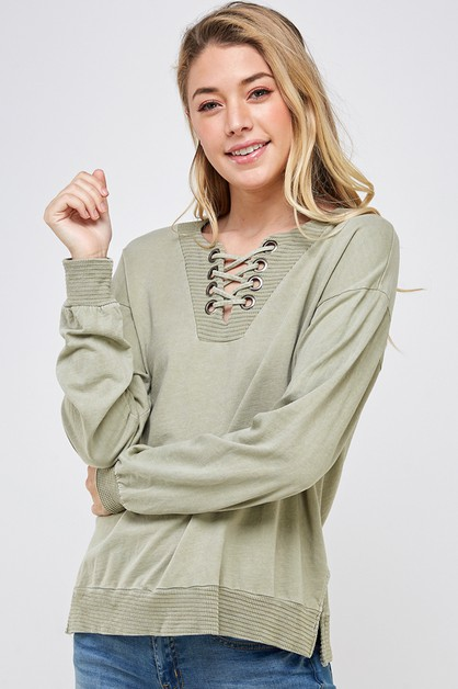 V-Neck with grommet and lace-up top - orangeshine.com