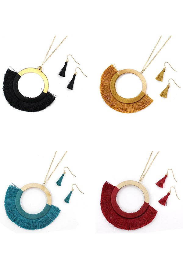 SILK TASSEL ROUND PENDANT NECKLACES - orangeshine.com