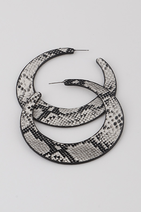 Animal Print Crescent Moon Earrings - orangeshine.com