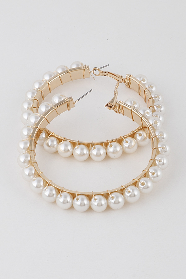 One Way Pearls Hoop Earrings - orangeshine.com