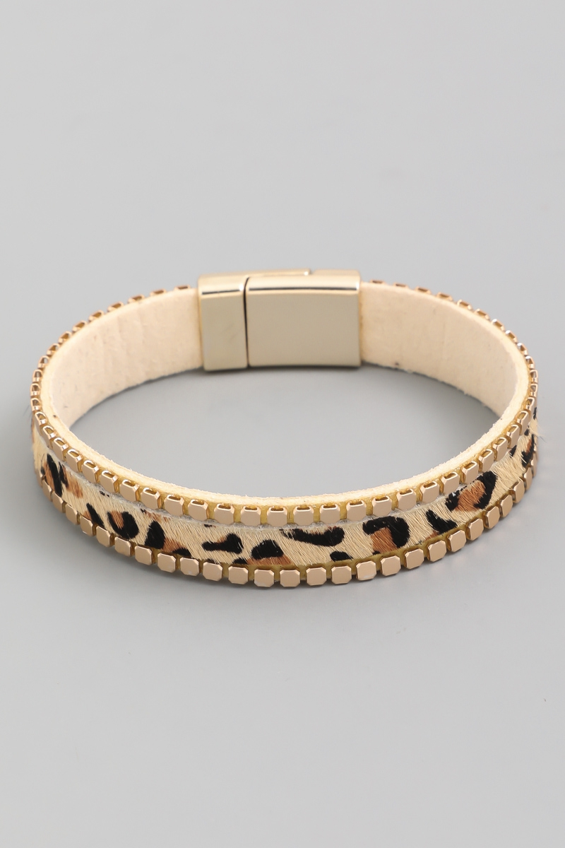 Animal Print Leather Magnetic Bracel - orangeshine.com