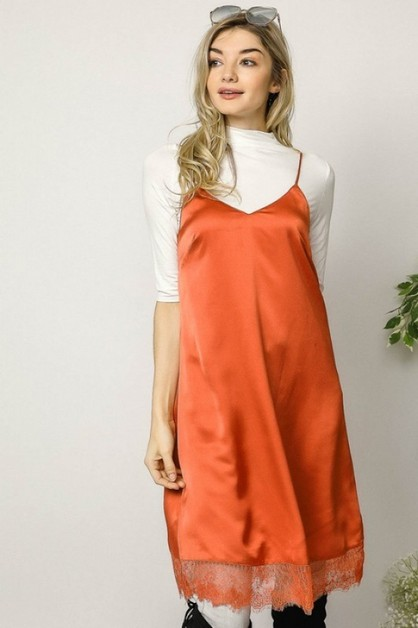 LACE DETAILED SLIP-ON LOUNGE DRESS - orangeshine.com