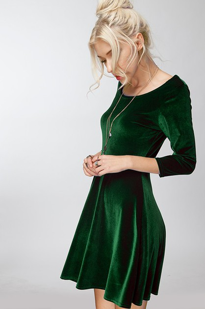 Chic Scoop Neck Velvet Aline Dress - orangeshine.com