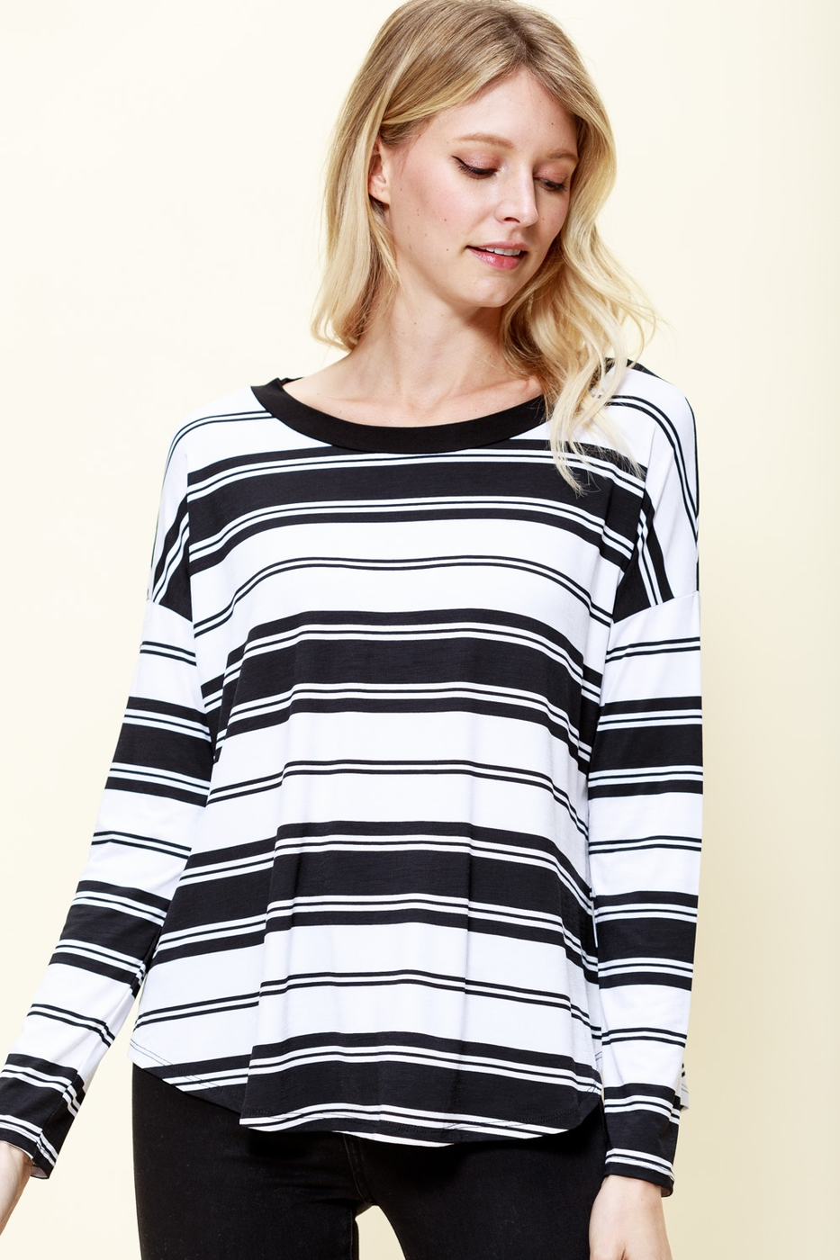 ROUND NECK ENGINEER STRIPE KNIT TOP - orangeshine.com