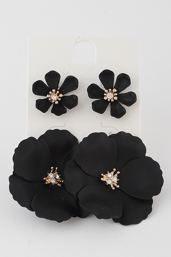 Blooming Stud Earrings - orangeshine.com