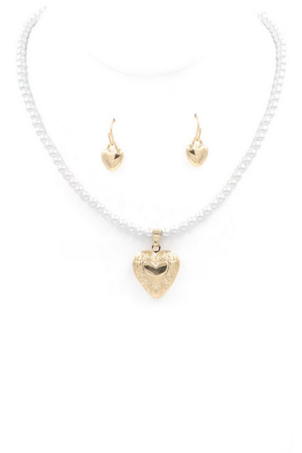 Metal Heart Pearl Necklace - orangeshine.com