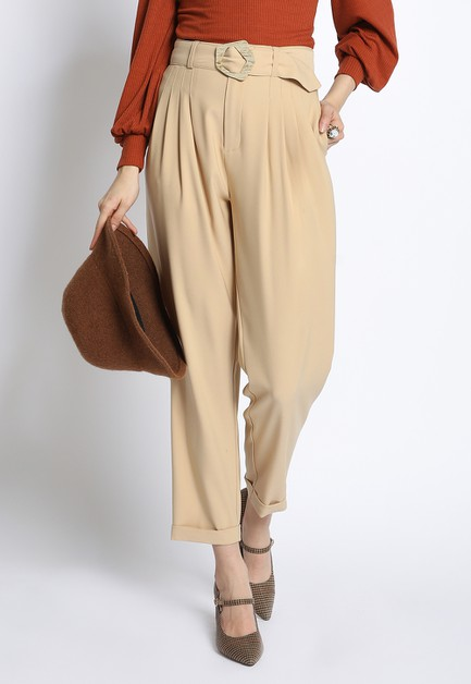 BELTED FRONT PLEAT PANTS - orangeshine.com
