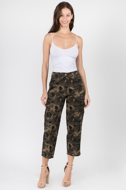 WIDE LEG STRAIGHT PANTS WITH CARGO - orangeshine.com