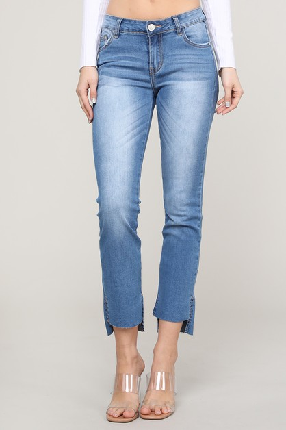 Mid Rise Cut Off Washed Jeans - orangeshine.com