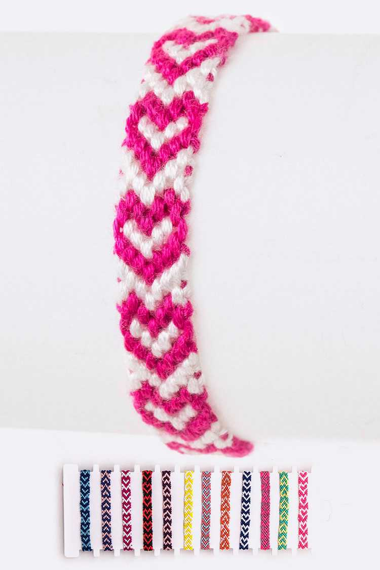 Weaved Heart Pattern String Bracelet - orangeshine.com