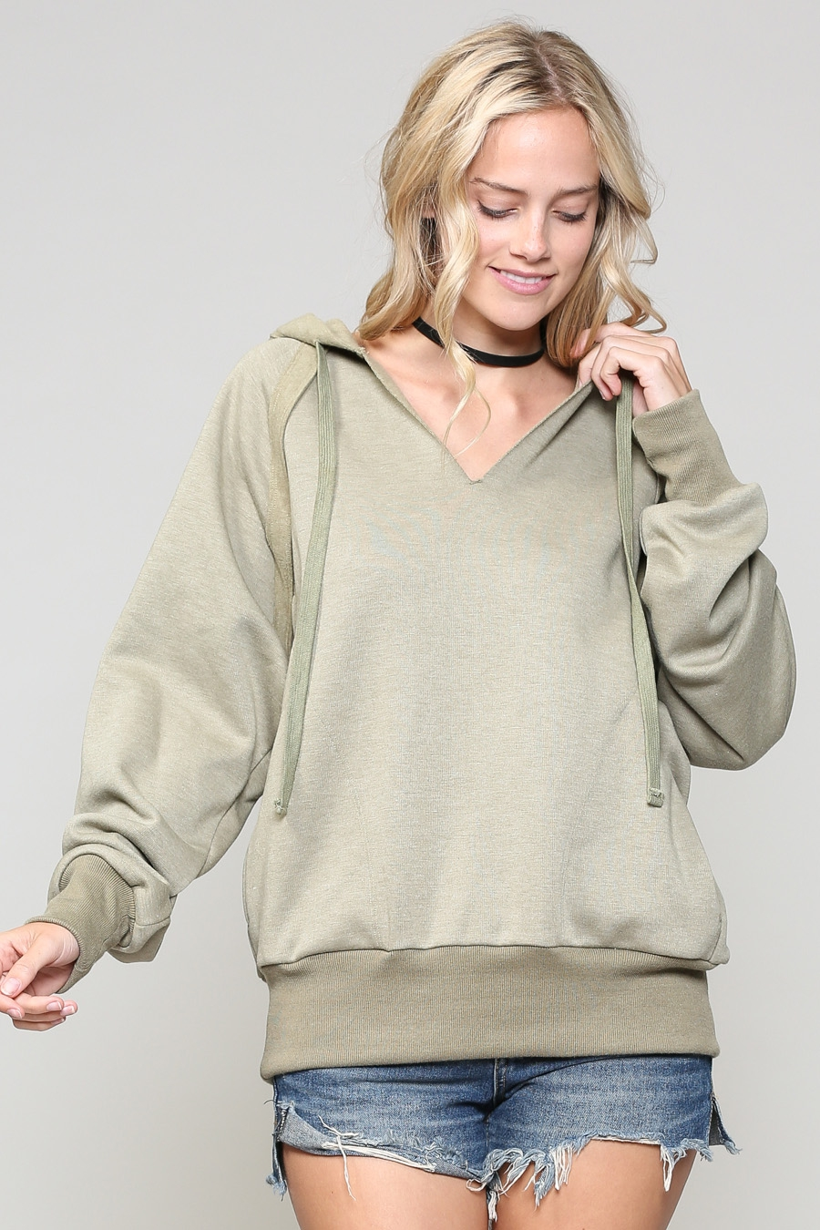 SOFT HOODIE WITH HIP POCKETS - orangeshine.com