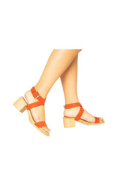 HIGH HEELS - orangeshine.com