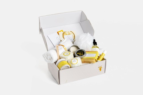 CARE PACKAGE - NATURAL BATH AND BODY - orangeshine.com