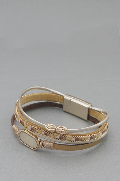 LEATHER  MAGNETIC LOCK BRACELET - orangeshine.com