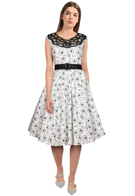 Plus Size White/Floral Lace Retro Dress - orangeshine.com