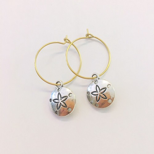 Sand dollar hoop earrings - orangeshine.com