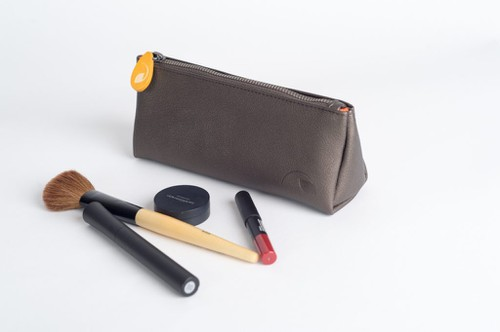 Makeup Pouch in Vegan Leather - orangeshine.com