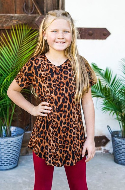GIRLS AMBER LEOPARD POCKET TEE - orangeshine.com