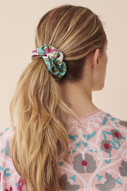 MIXED FASHION DESIGN PRINT SCRUNCHIE - orangeshine.com