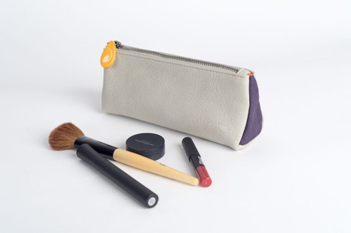 Cosmetics Bag in Vegan Leather - orangeshine.com