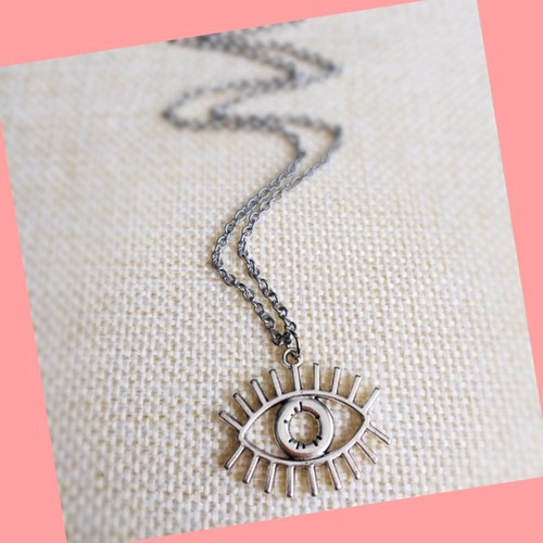 All seeing eye necklace - orangeshine.com