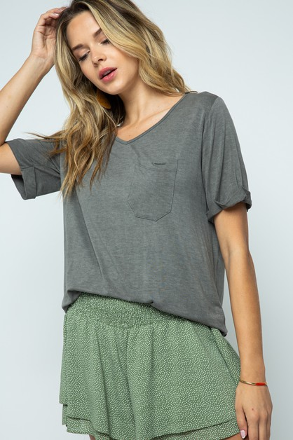 KNIT ROUNDED V NECK TOP WITH POCKET - orangeshine.com