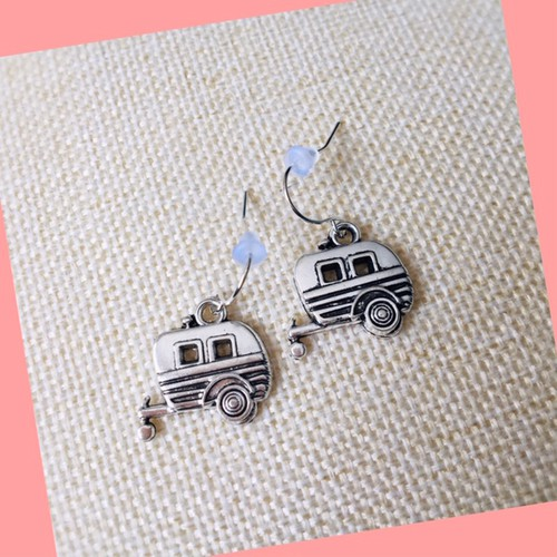Vintage Airstream earrings - orangeshine.com