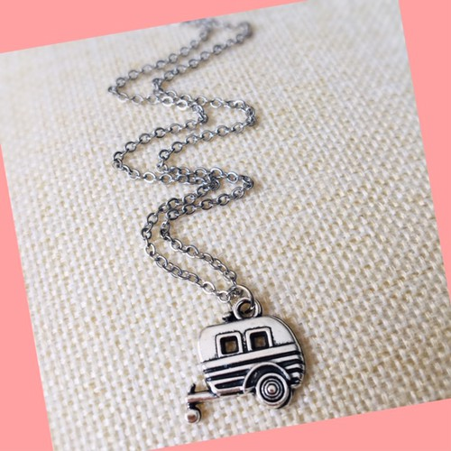 Vintage Airstream necklace - orangeshine.com