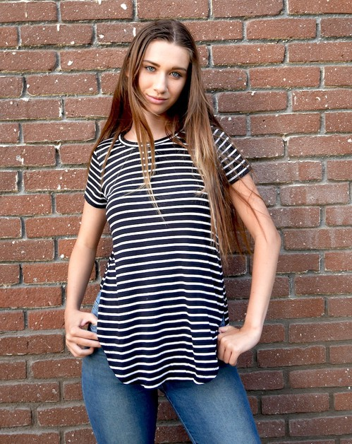 Overlapping Loose Striped T-Shirt - orangeshine.com