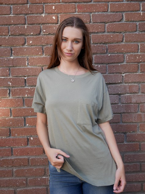 Boyfriend Pocket Oversized Tee - orangeshine.com