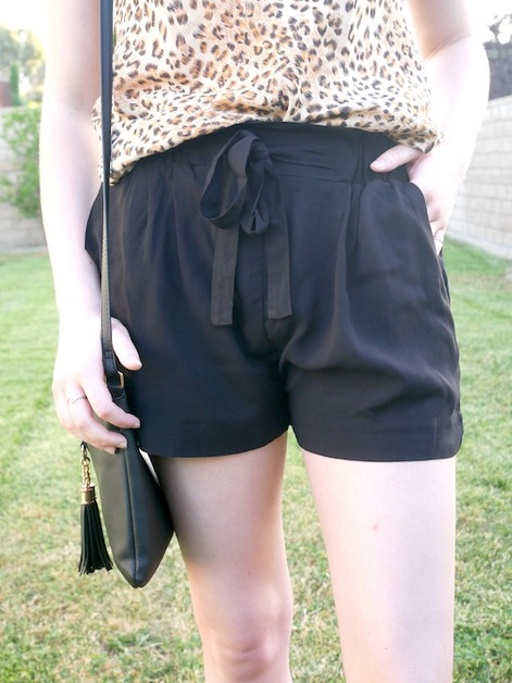 Front Tie Paperbag Pocket Shorts - orangeshine.com