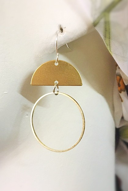 Half moon hoop earrings  - orangeshine.com