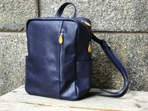 Navy Backpack in Vegan Leather - orangeshine.com