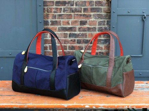 Unisex Weekend Duffle Bag - orangeshine.com