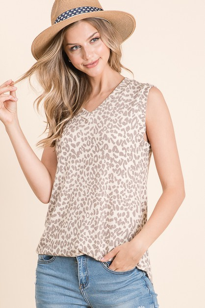 V-NECK ANIMAL PRINT KNIT TOP - orangeshine.com