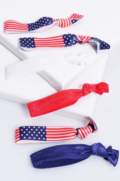 Seamless 4th of July Scrunchie - orangeshine.com