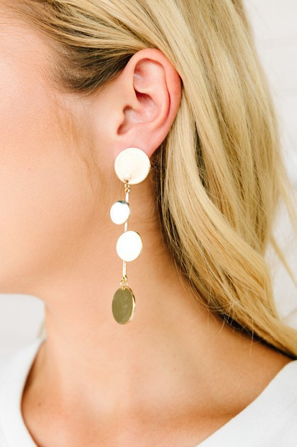 Dotsy Tiered Disc Drop Earrings - orangeshine.com