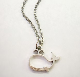 little whale necklace - orangeshine.com
