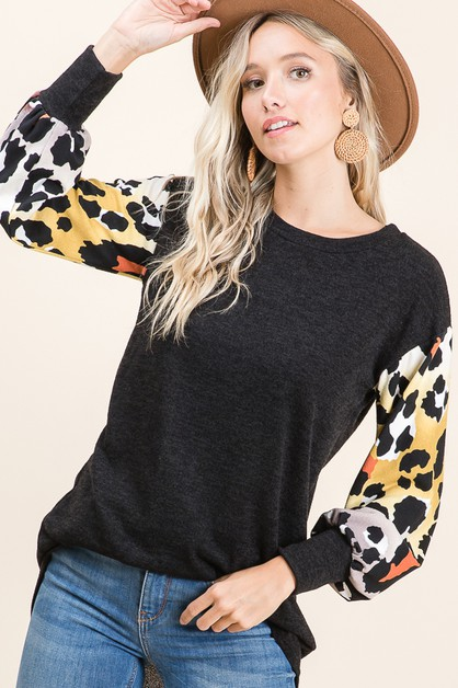RELAXED FIT ANIMAL PRINT SLEEVE TOP - orangeshine.com