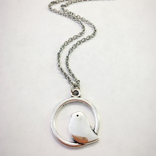 Circle Bird charm necklace - orangeshine.com