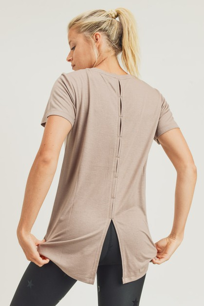 Athleisure Shirt with Ventilated Hi-Lo B - orangeshine.com