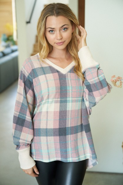 Long Sleeve Plaid Knit Top - orangeshine.com