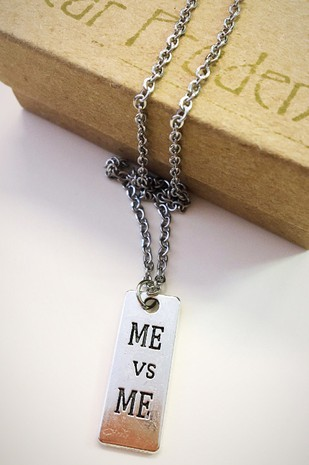Me vs Me Tag necklace - orangeshine.com