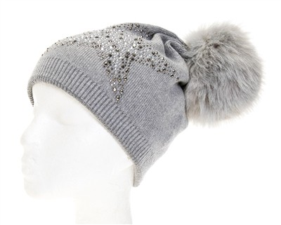 STAR STUDDED FUR POM BEANIE - orangeshine.com